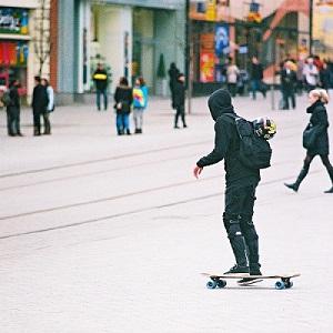 can everyone ride electric skateboard